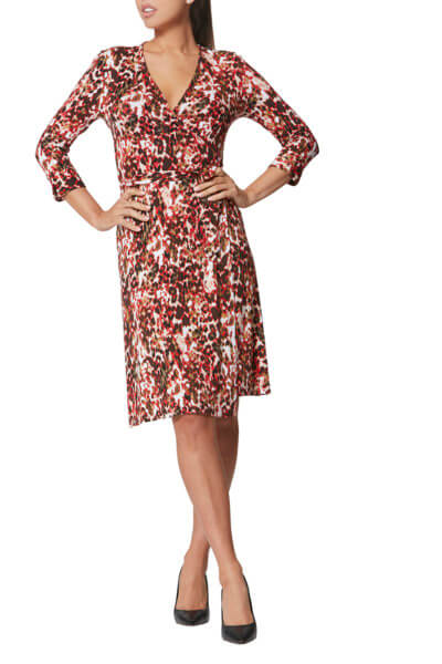 wide shot bellarel dress with cut head